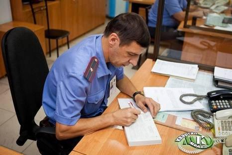 В аэропорту Сочи транспортные полицейские сняли с прибывшего рейса пассажира-нарушителя