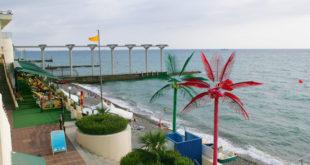 Мэр Сочи проинспектировал пляжи