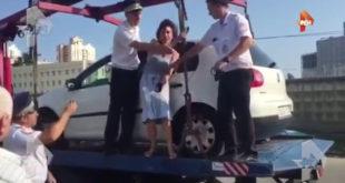 Жители Сочи и туристы намерены выйти на митинг против произвола эвакуаторщиков