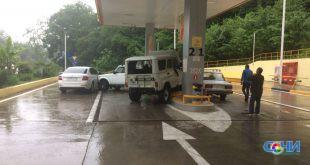 Разборки устроили водители на АЗС в Хосте