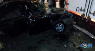 Два человека пострадали в ночных ДТП в Адлере