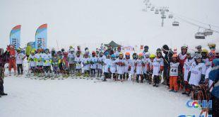 Порядка 200 юных горнолыжников приняли участие в соревнованиях в Сочи