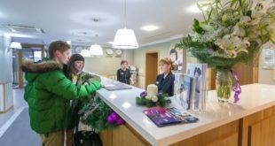 Новые стандарты гостеприимного сервиса принял курорт «Роза Хутор»