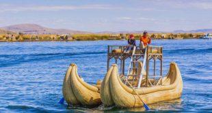Лодку из тростника строят в Сочи