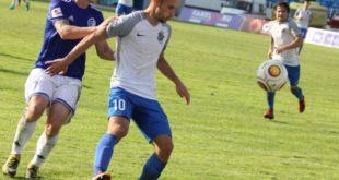Нападающий футбольного клуба «Сочи» Максим Барсов стал лучшим