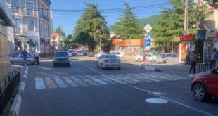 В поселке Лазаревское водитель сбил ребенка на пешеходном переходе