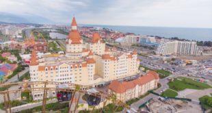В отель-замке Богатырь рассказали, как сэкономить на бронировании во время «Новой волны»