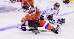 Российские спортсмены побеждают на  Кубке Континента по хоккею-следж