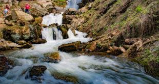 Парк водопадов «Менделиха» открылся в горах Сочи на курорте «Роза Хутор»