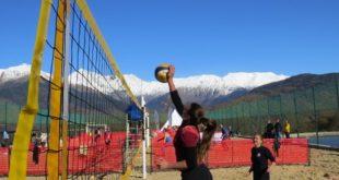 Турнир по пляжному волейболу впервые прошёл  в горах Сочи.
