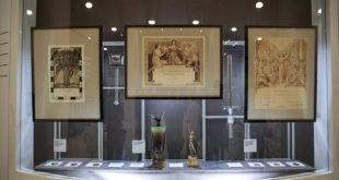 В Сочи работает выставка Олимпийской коллекции