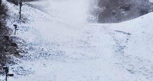 В Сочи начали делать снег