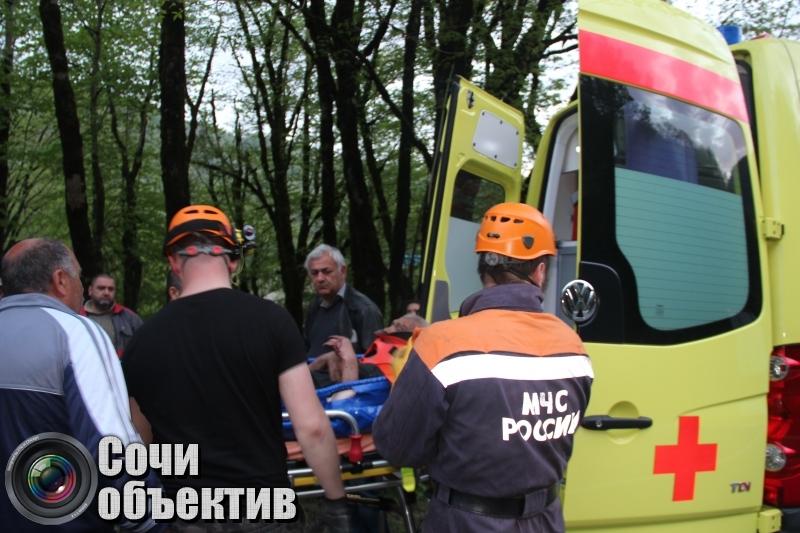 Спасатели госпитализировали больного туриста